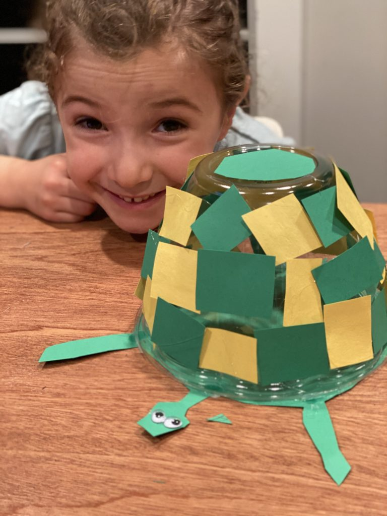 Zoe and he finished Turtle craft project
